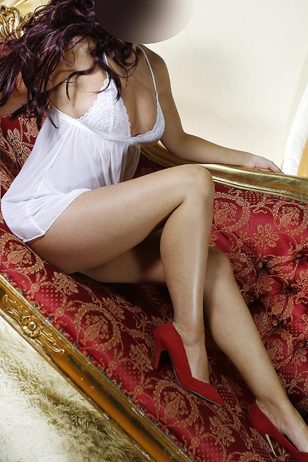 Kate from CI Manchester Escorts