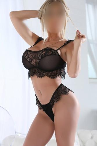 Natalie from Playmate Leeds Escorts
