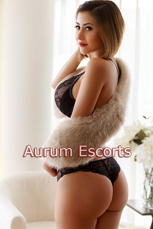 Elza from Cheap and Chic London Escorts