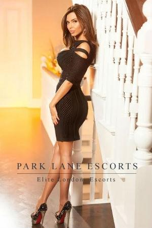 Sienna from Park Lane Escorts