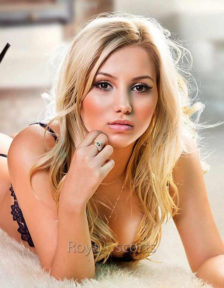 Alejandra from Royal Escorts