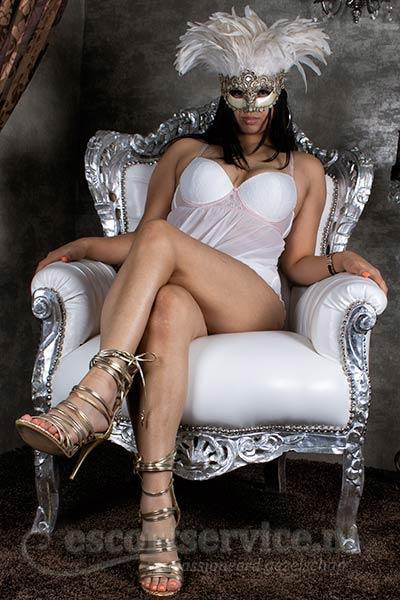 Khloé from Escort Service