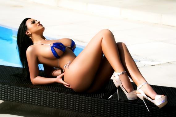 Mery from London Escorts VIP