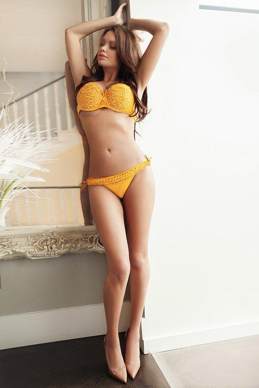 Elena from Park Lane Escorts