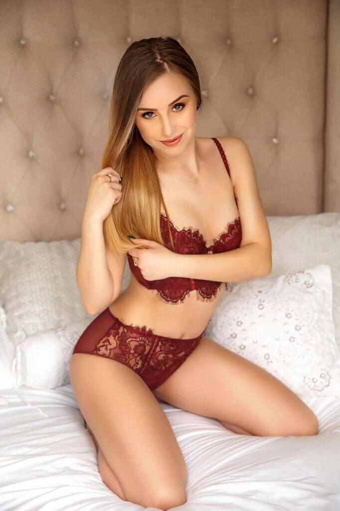 Amber from Aurum Girls Escorts