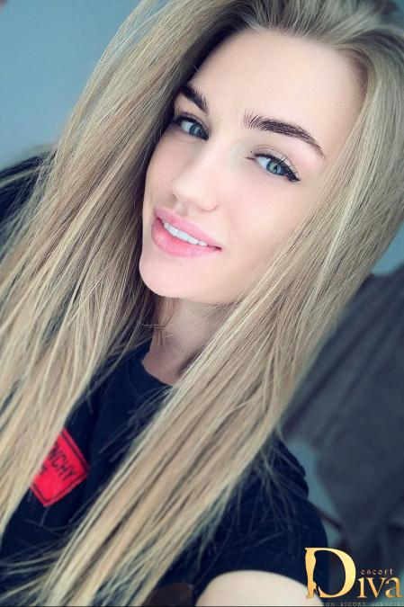Aleksia from Diva Escort