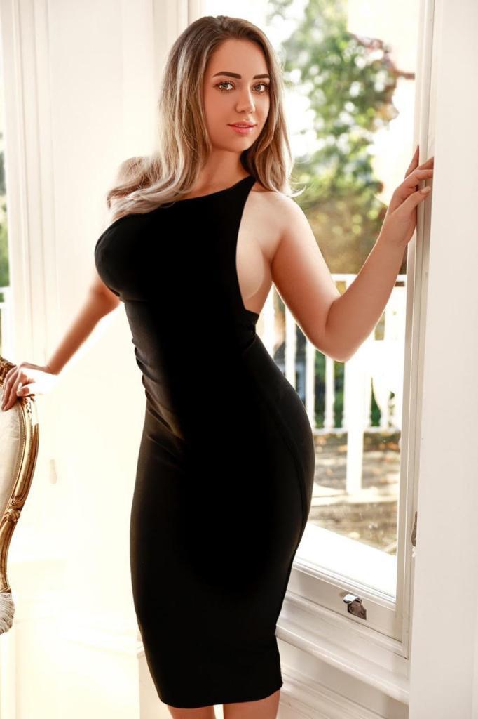 Samantha from London Escort Models UK