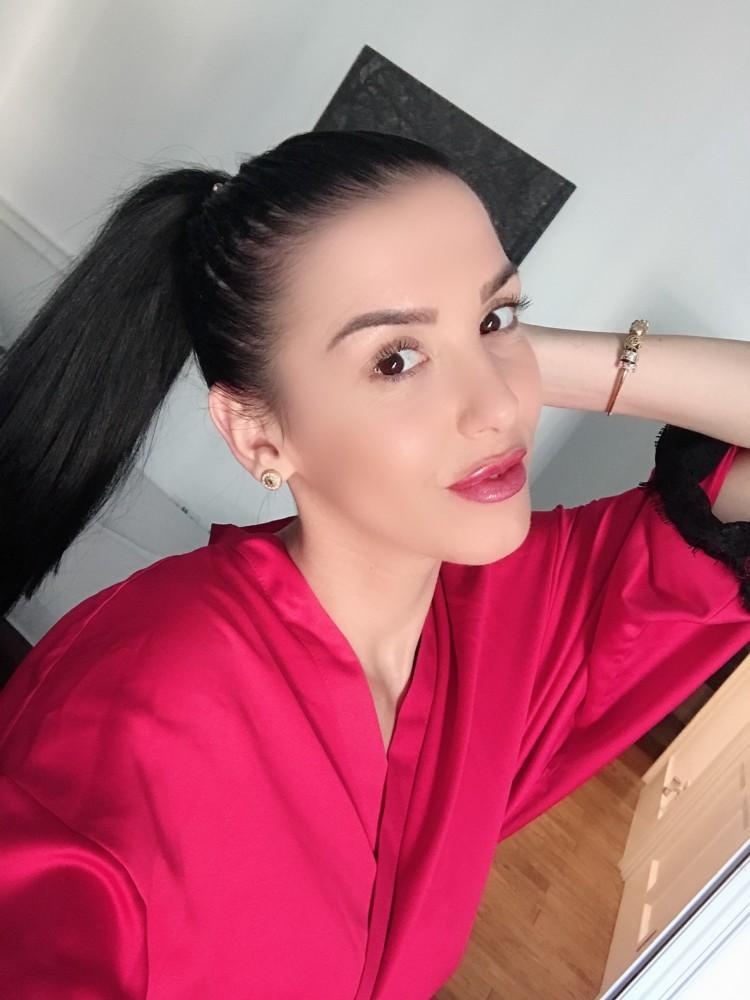 Lia from premiermodelsuk