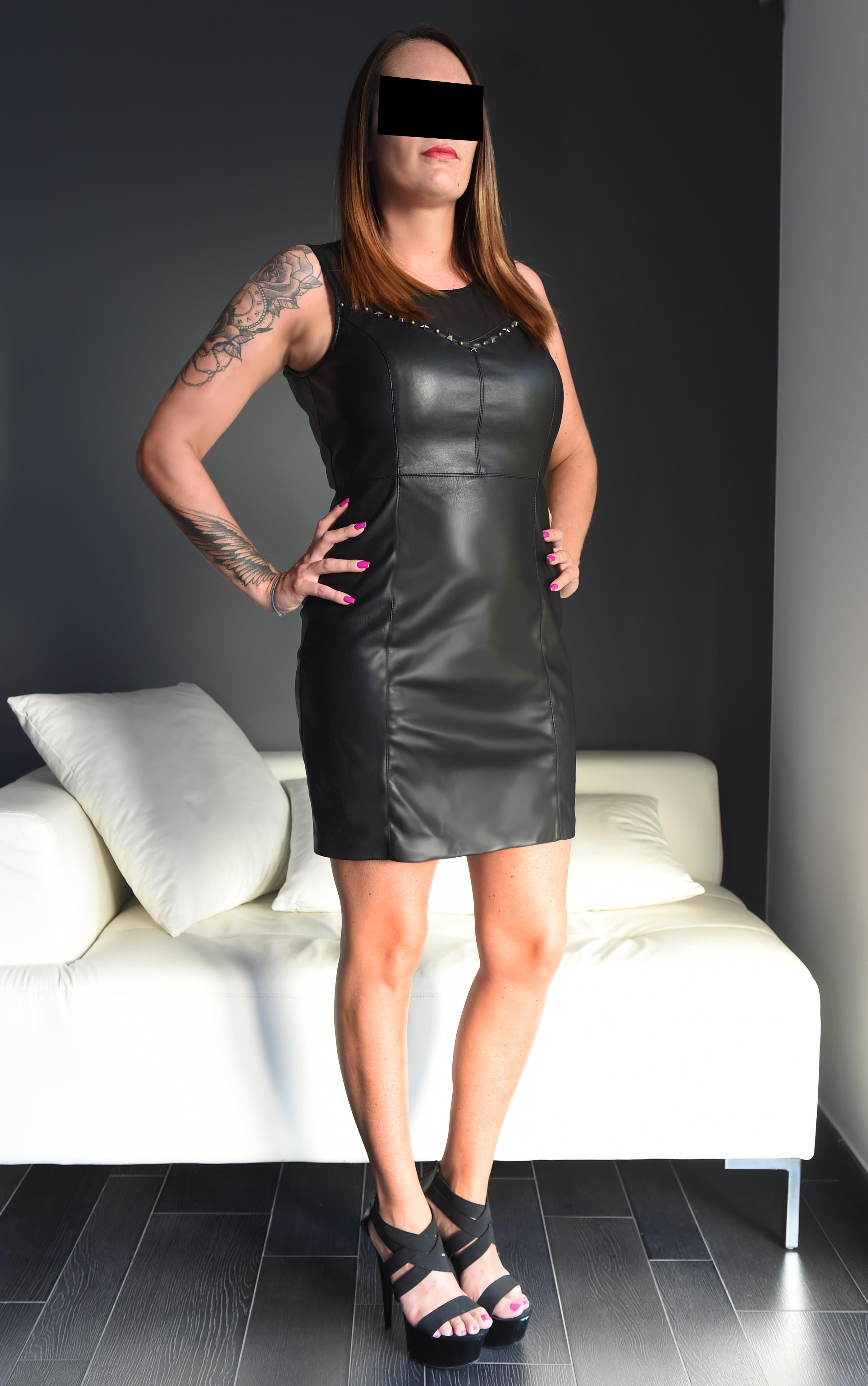 Julia from Elle Agency