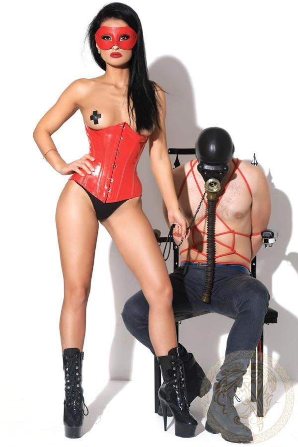 Mistress Akyra from Harlingtons Escorts