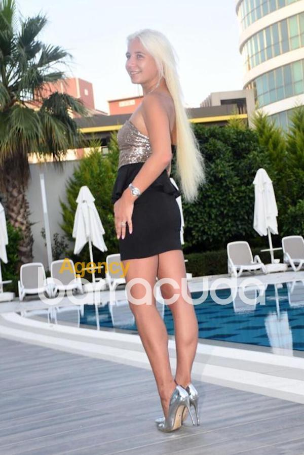 Karlina from Diva Escort