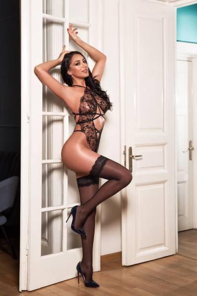 Simone from London Escorts VIP