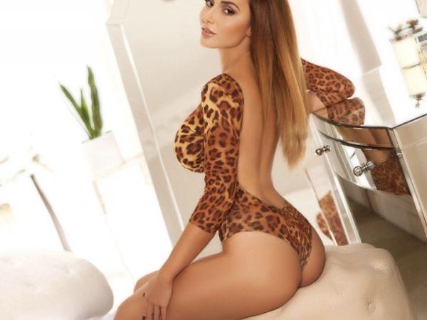 Aniz from Casino London Models