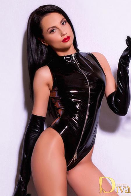 Athena from 1000 London Escorts