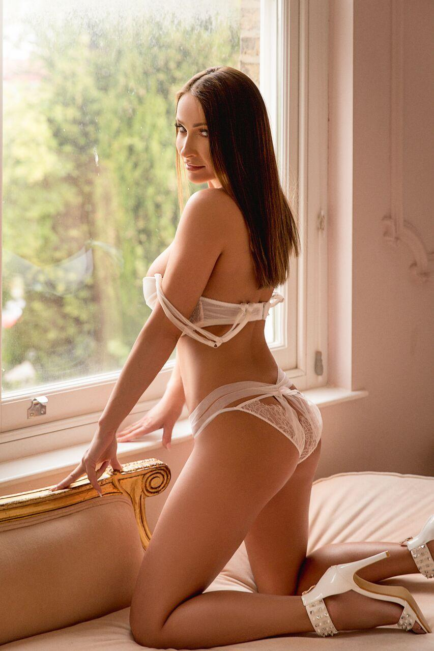 Merlot from Loyalty Escorts
