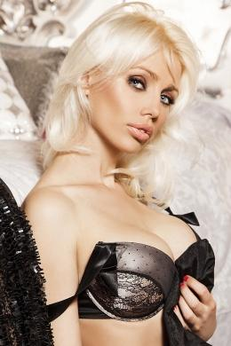 Larissa from London Escorts VIP
