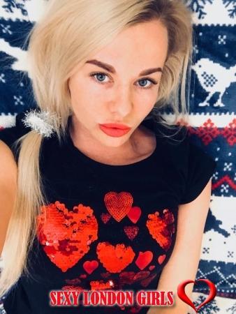 Vikki from Diva Escort