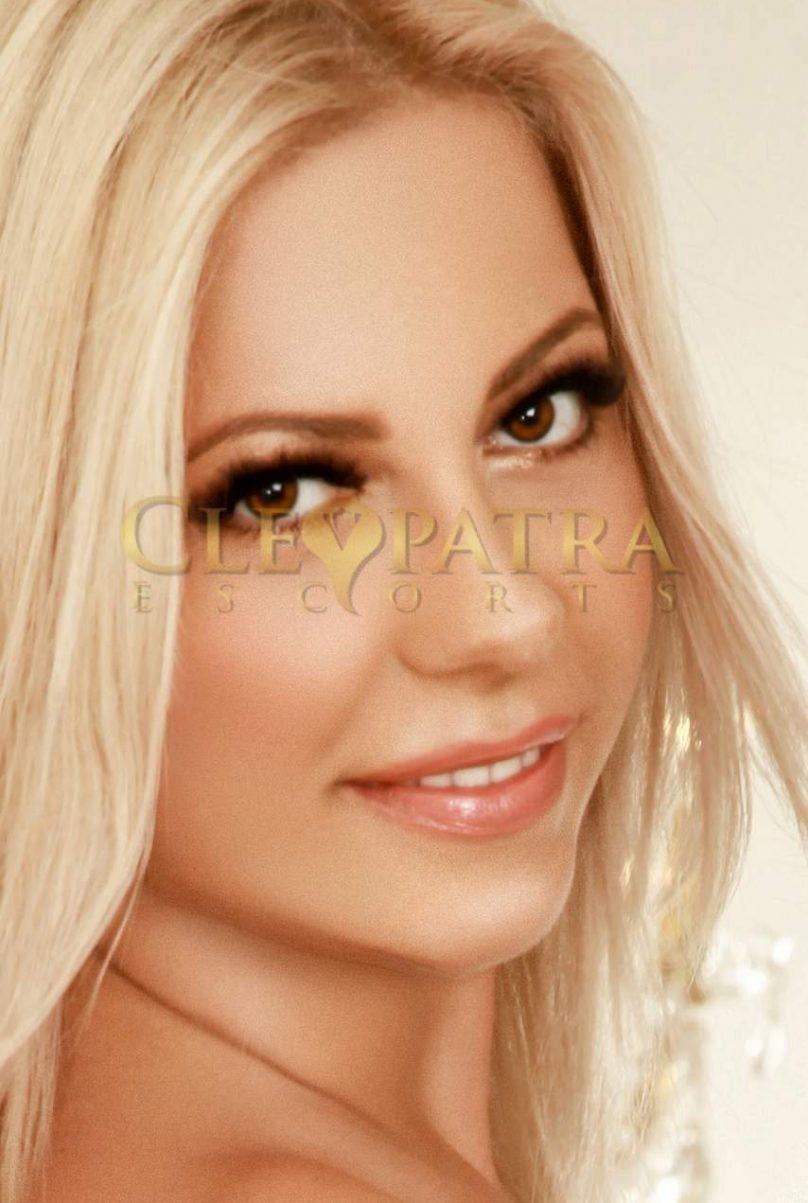 Mariana from Diva