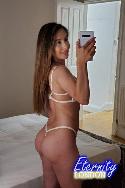 Ashley from Diamond Tantric Massages