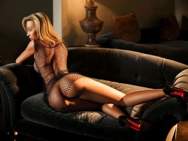 Lola from Casino London Models