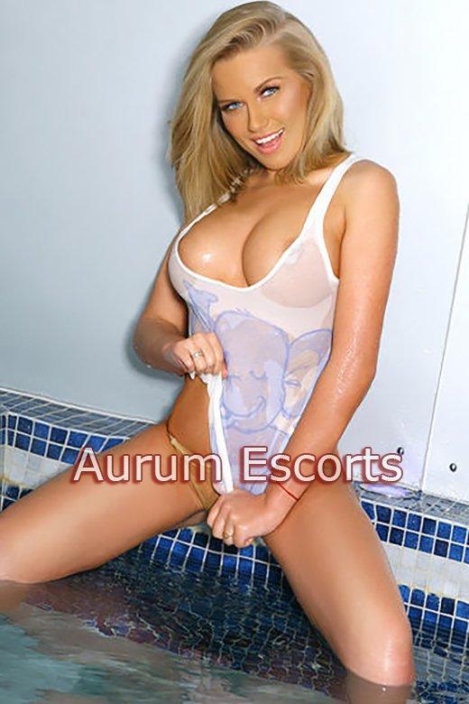 Elizabeth from Aurum Girls Escorts