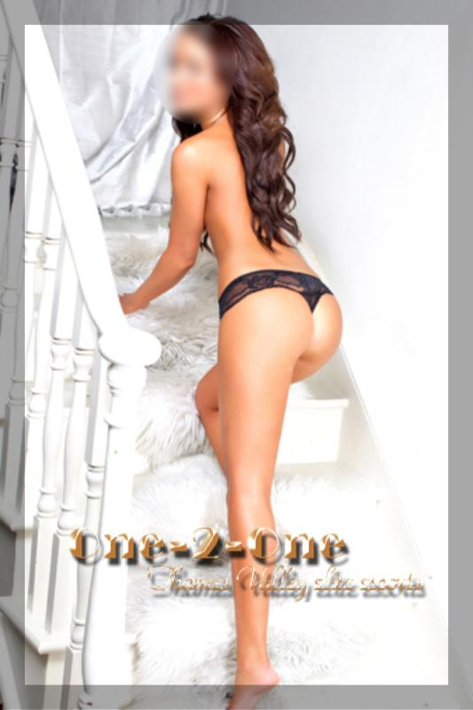 Louisa from One 2 One Escorts