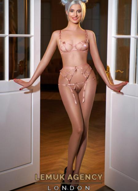 Cezy from London Escort Models UK