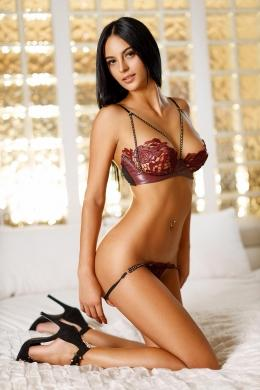 Izzy from Aphrodite Escorts Agency