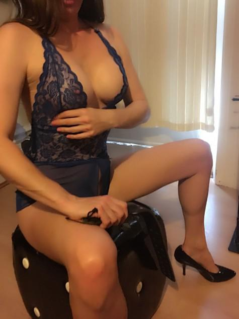 Lyndsey from Secrets Passions Escorts