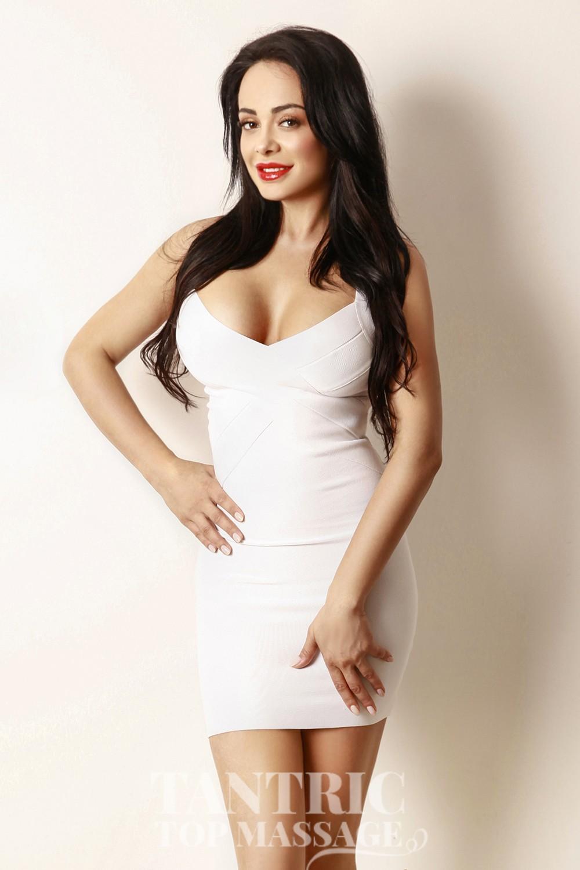 Roxanne from London Escorts VIP