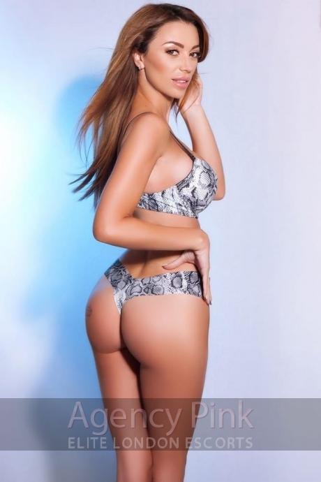 Linda from Casino London Models