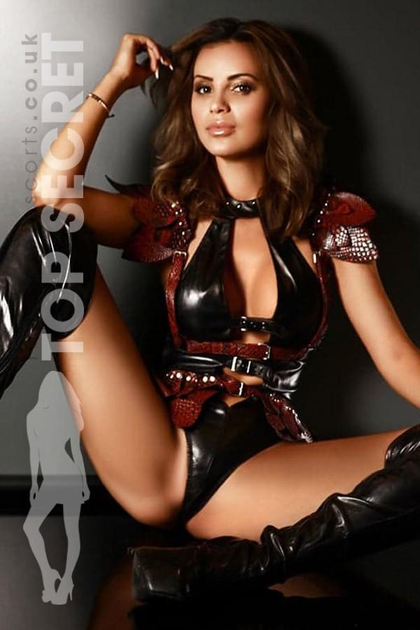 Mistress Rosa from Saucy London Escorts