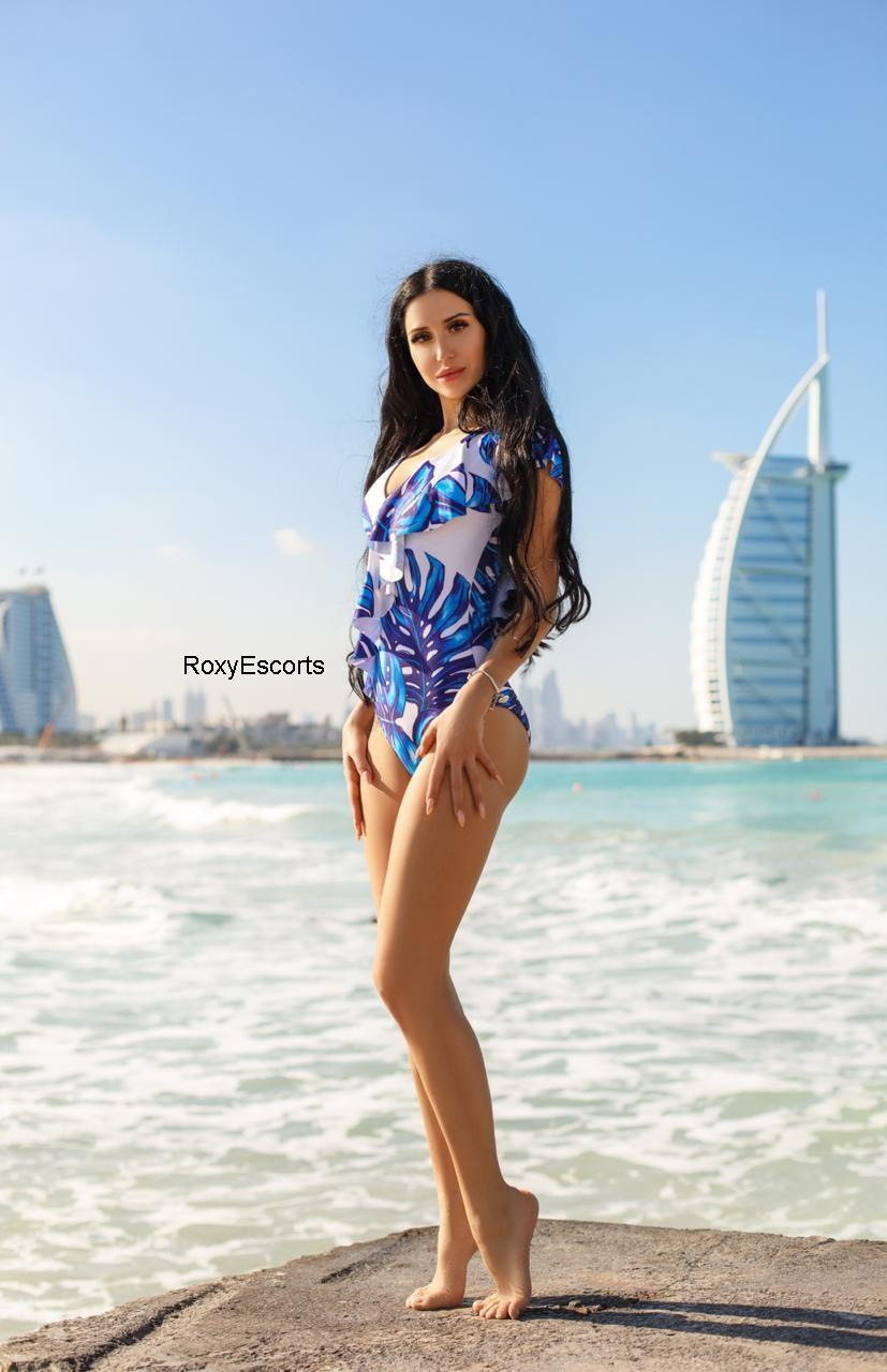 Lina from UAE Men's Club