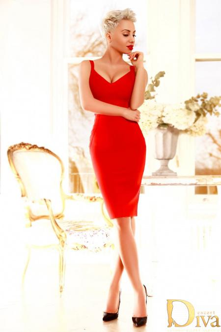 Nicky from Aurora London Escorts